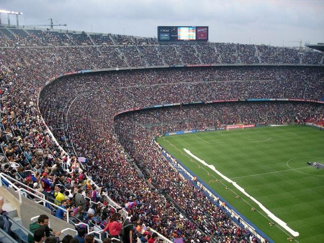 Essentielle smartphone-apps til familiens fodboldfanatiker