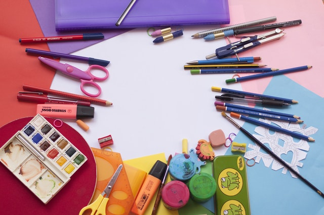 Guide: Hvad skal man købe til skolestart, når børnene starter i skole?